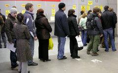 Челябинский губернатор борется с очередями в Центрах приватизации жилья