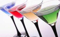 Петербургские полицейские изъяли более 600 литров контрафактного алкоголя